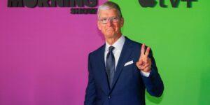 El CEO de Apple, Tim Cook, critica las prácticas de redes sociales e intensifica conflicto con Facebook