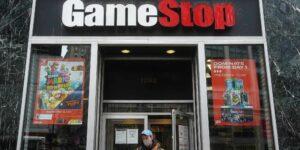 Los inversionistas vuelven a GameStop tras alivio de restricciones —sus acciones continúan como favoritas en el foro de Reddit