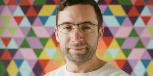 Un ejecutivo de LinkedIn revela cómo actualizar tu perfil para llamar la atención de los reclutadores y conseguir un nuevo trabajo