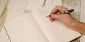 Todo el mundo debería tener un plan financiero y redactar uno es más fácil de lo que crees