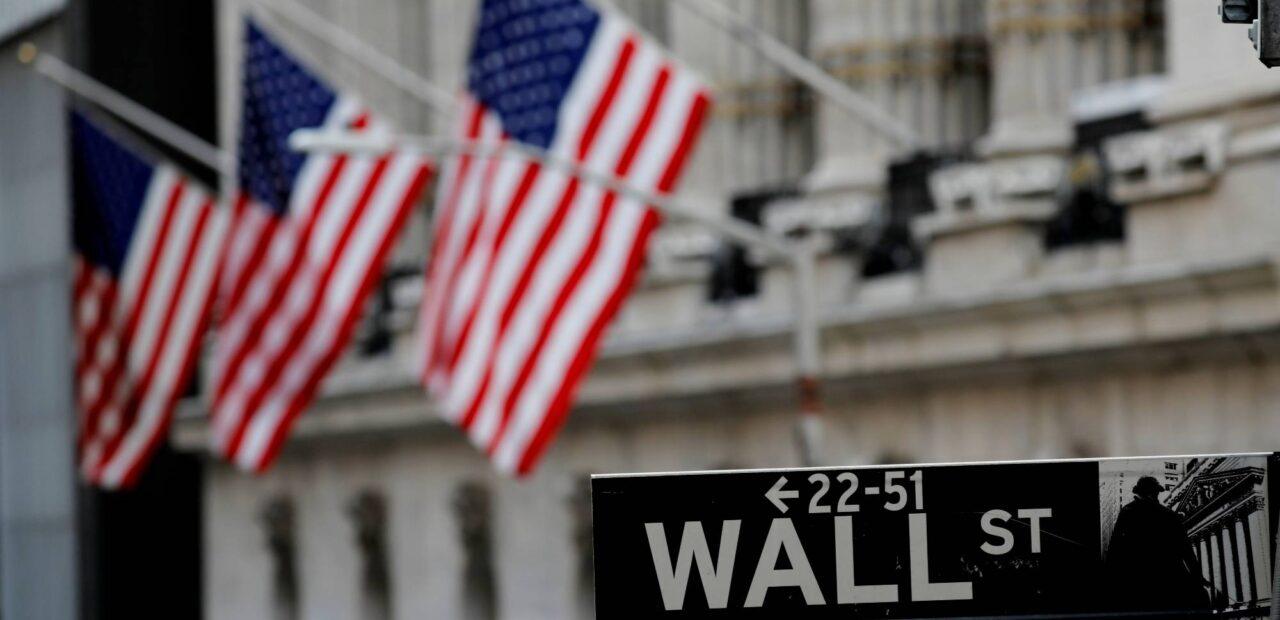 poner en corto mercado de valores acciones hedge funds gamestop | Business Insider México