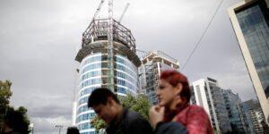 La actividad industrial en México se desaceleró más de lo esperado en diciembre, reportó Inegi