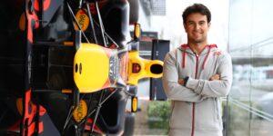 """Sergio """"Checo"""" Pérez, piloto de la F1, se convierte en accionista de la plataforma de autos Kavak"""