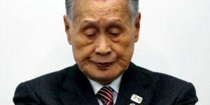 El jefe de los Juegos Olímpicos de Tokio renuncia tras disculparse por sus comentarios sexistas