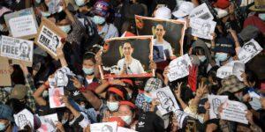 Facebook está censurando los mensajes del ejército de Myanmar por difundir información errónea tras un golpe de estado