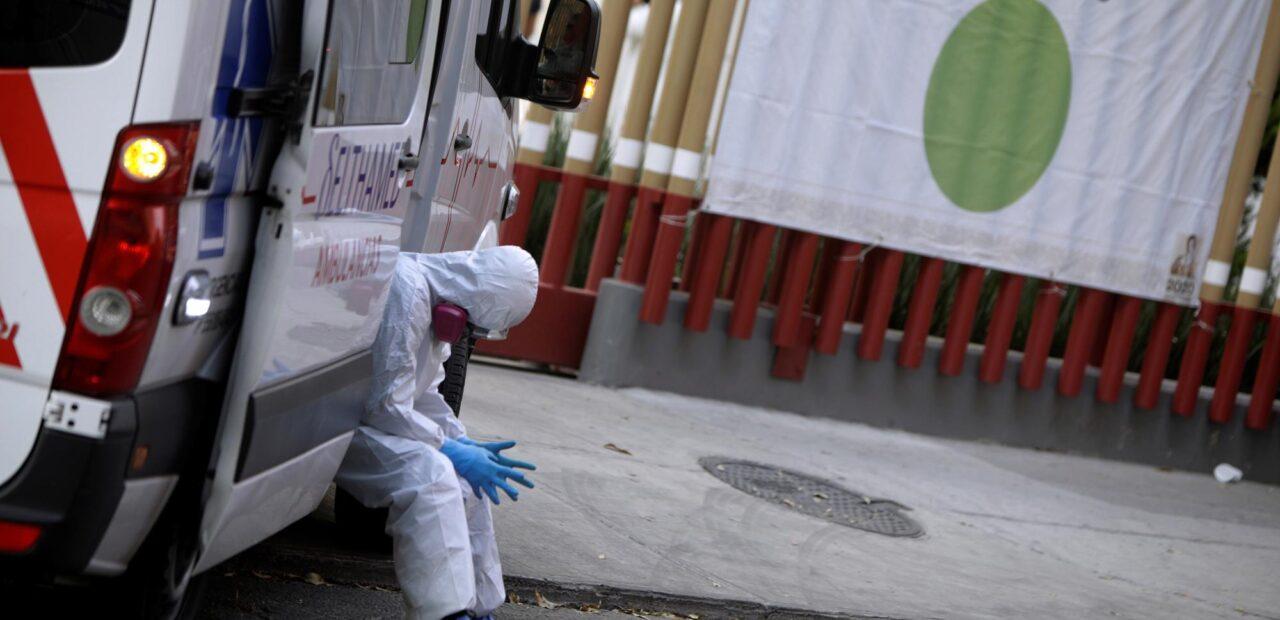 médicos pandemia fatiga | Business Insider México