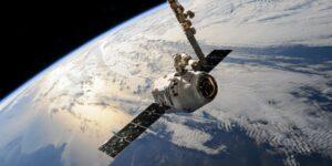 Estas startup están en el lucrativo negocio de limpiar los desechos espaciales, una amenaza creciente en la órbita de la Tierra