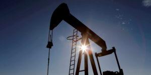 Malas noticias para los automovilistas; Goldman  advierte que el precio del petróleo subirá a 75 dólares por barril, su máximo desde 2014