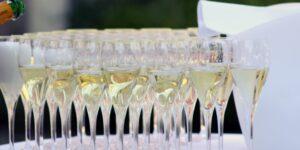 La champaña de Jay-Z despierta el interés de Moët Hennesy y compra 50% de participación en su marca