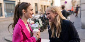 """Los productores de """"Emily en París"""" llevaron a los jueces de los Golden Globes a París para una visita al set de lujo en 2019, de acuerdo con un informe"""
