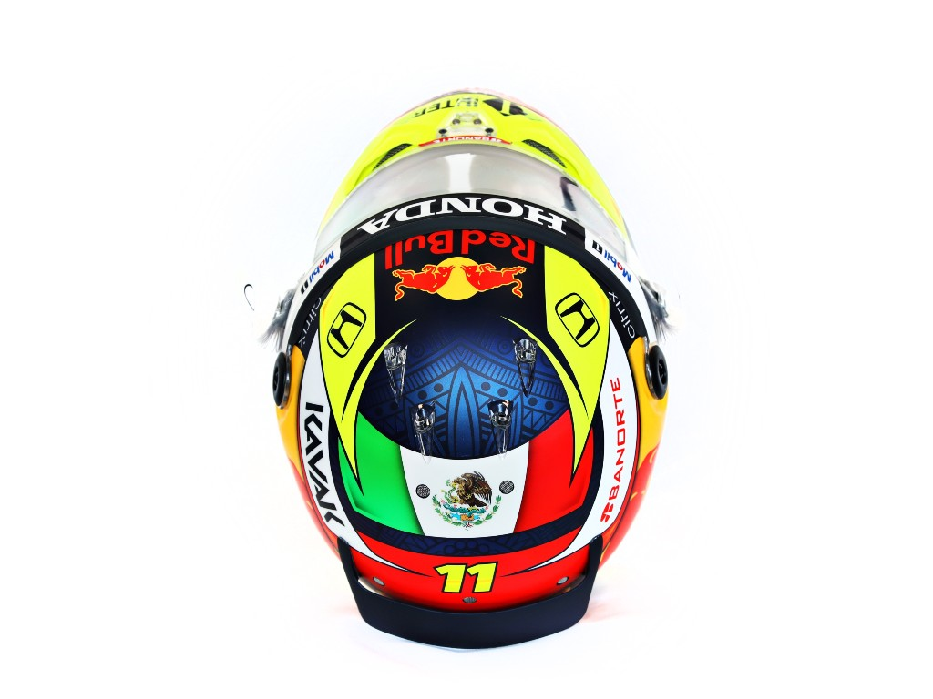 Casco Checo Pérez
