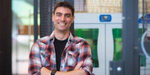 Este joven de 34 años crea una startup de fusión nuclear para combatir el cambio climático en la que han confiado Jeff Bezos y Bill Gates