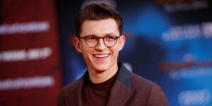 """Tom Holland arruinó su audición para """"Star Wars"""" porque """"no podía dejar de reírse"""" de la persona que imitaba a un droide"""