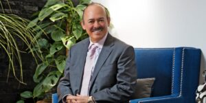 La FGR gira orden de aprehensión contra Raúl Beyruti, uno de los empresarios más importantes de México