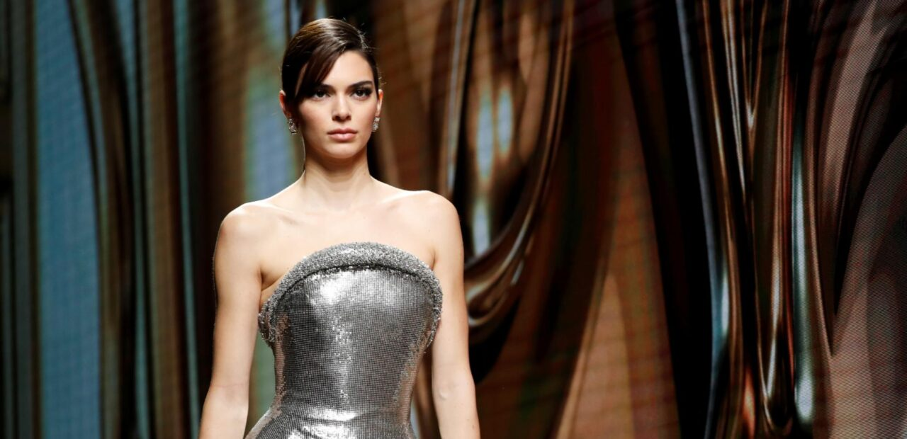 El tequila de Kendall Jenner desata críticas de apropiación cultural