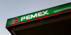 Aún con el apoyo del gobierno de AMLO, la pérdida de Pemex aumentó 38% en 2020 debido a la pandemia de Covid-19