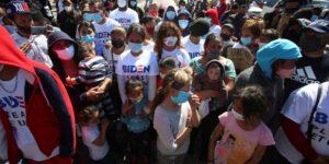 Funcionarios del gobierno de México aseguran que la política de Joe Biden podría alentar la migración ilegal y al crimen organizado