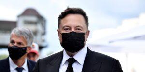 Este inversionista de Tesla presenta demanda contra  Elon Musk; argumenta que sus tweets son «erráticos» y violan el acuerdo con la SEC