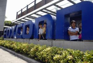 Foxconn, fabricante del iPhone, tiene a México en la mira: busca producir autos eléctricos en el país