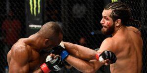 El presidente de la UFC, Dana White, anuncia que el evento UFC 261 tendrá un aforo a la máxima capacidad, lo que equivale a 15,000 aficionados