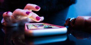 Descargar cualquier aplicación puede vulnerar tus datos personales, pero esta es la forma de minimizar lo que compartes