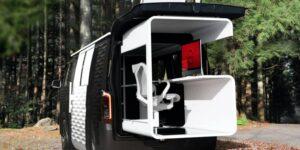 Nissan combina una furgoneta con una oficina en este vehículo concepto