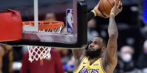 LeBron James: cómo el rey de la NBA gana y gasta sus millones