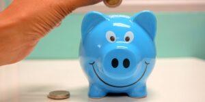 Cómo enfrentar un exceso de gasto y ahorrar para la jubilación si tienes 40 años