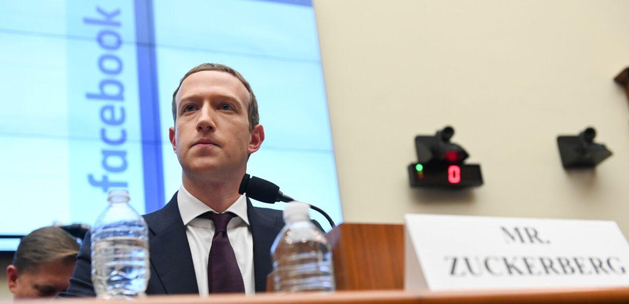 Facebook combate las fake news con bloqueo de cuentas y contenidos | Business Insider Mexico