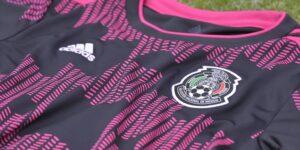 La Selección Mexicana presenta su nueva playera —estas son las 5 que desataron más polémica