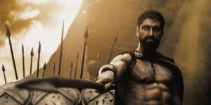 """Gerard Butler dice que entrenar 6 horas al día para tener un cuerpo musculoso en """"300"""" estaba """"arruinando"""" su cuerpo"""