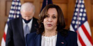 La vicepresidenta de Estados Unidos, Kamala Harris, liderará los esfuerzos con México para frenar el flujo de migrantes