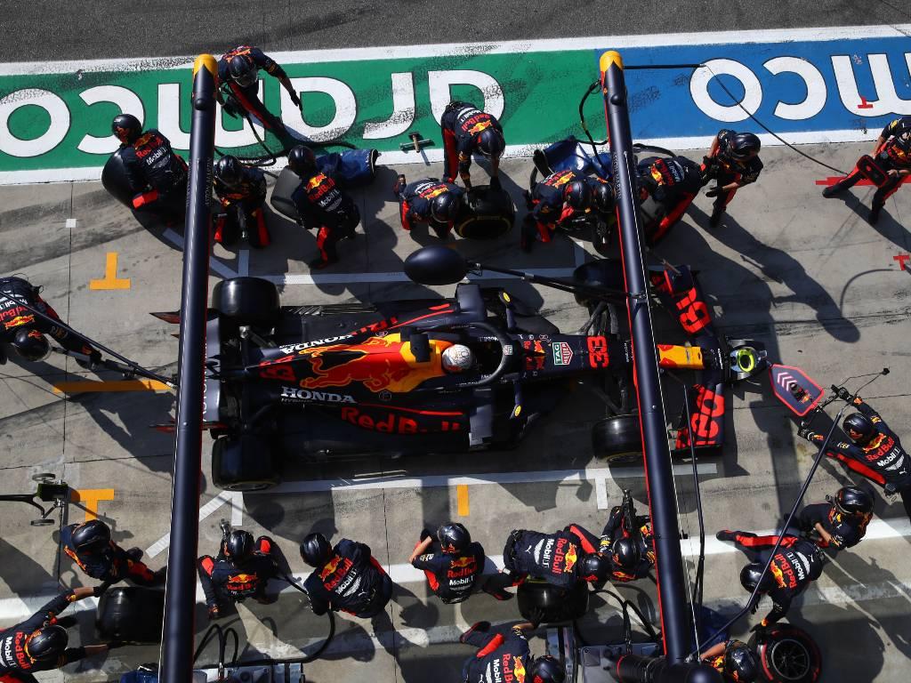 Pits F1