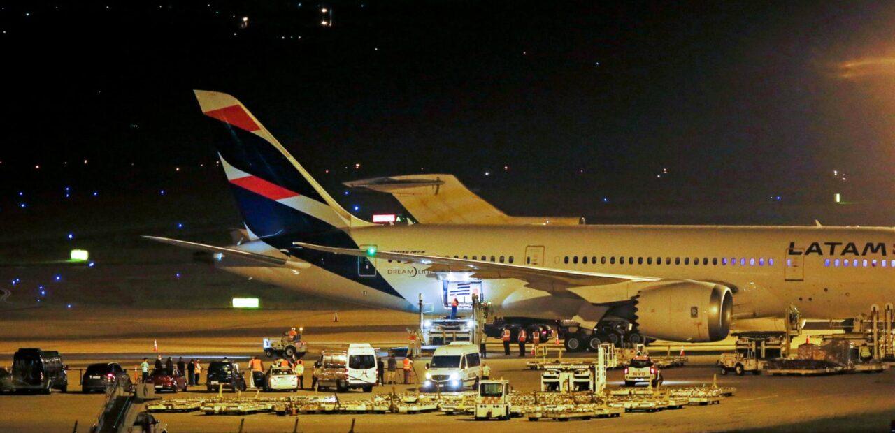 Latam Airlines apuesta por la carga para mantener sus operaciones