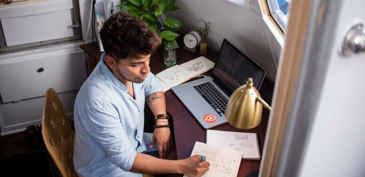 Una ejecutiva de Facebook comparte consejos para mejorar el home office | Business Insider Mexico