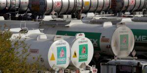 Dinero, tiempo y «definición política» cortan las alas de producción petrolera de Pemex