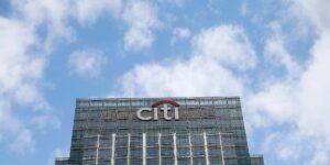 Citigroup lanza un grupo bancario centrado en la sostenibilidad para ayudar a sus clientes en la transición a energías limpias