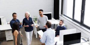 19 cosas que nunca debes decirle a tus compañeros de trabajo