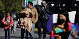 La pandemia hizo retroceder la lucha por la equidad de género en una generación, según el Foro Económico Mundial
