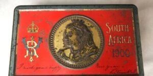 Esta barra de chocolate enviada por la reina Victoria a soldados británicos sigue intacta después de 121 años