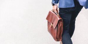 Cómo preparar tus finanzas antes de renunciar o cambiar de trabajo