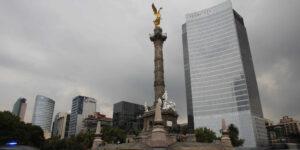 El ritmo de vacunación pone en riesgo al sistema económico, advierten autoridades financieras mexicanas
