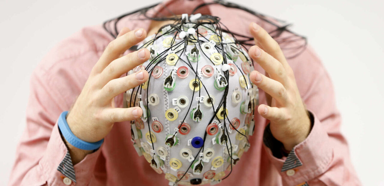 coronavirus cerebro | Business Insider México