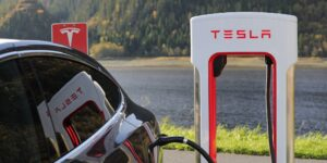 El valor de mercado de Tesla crecería en 50,000 mdd por entregas récord