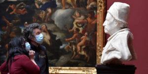 Obras de arte, diamantes y vinos costosos: estos son algunas opciones para invertir ante el posible aumento en la inflación, según Bank of America