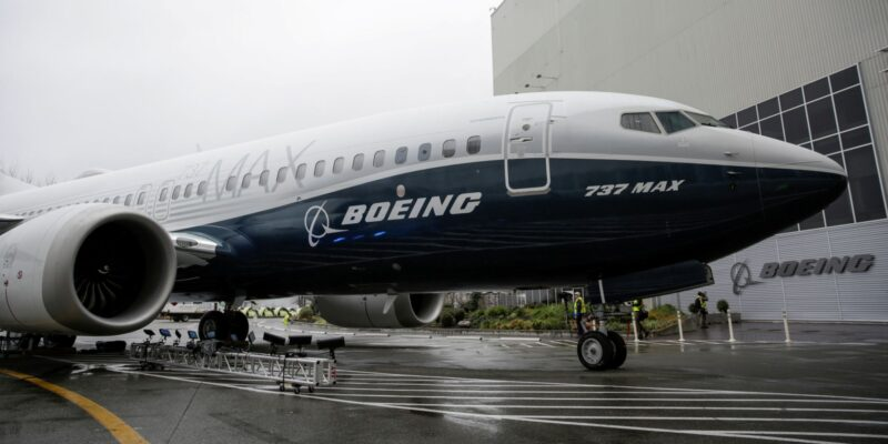 Una falla eléctrica en los 737 MAX de Boeing deja en tierra a 60 aviones | Business Insider Mexico