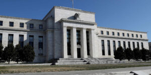 Estados Unidos trabaja en las implicaciones de un dólar digital, mientras que el yuan electrónico de China toma la delantera