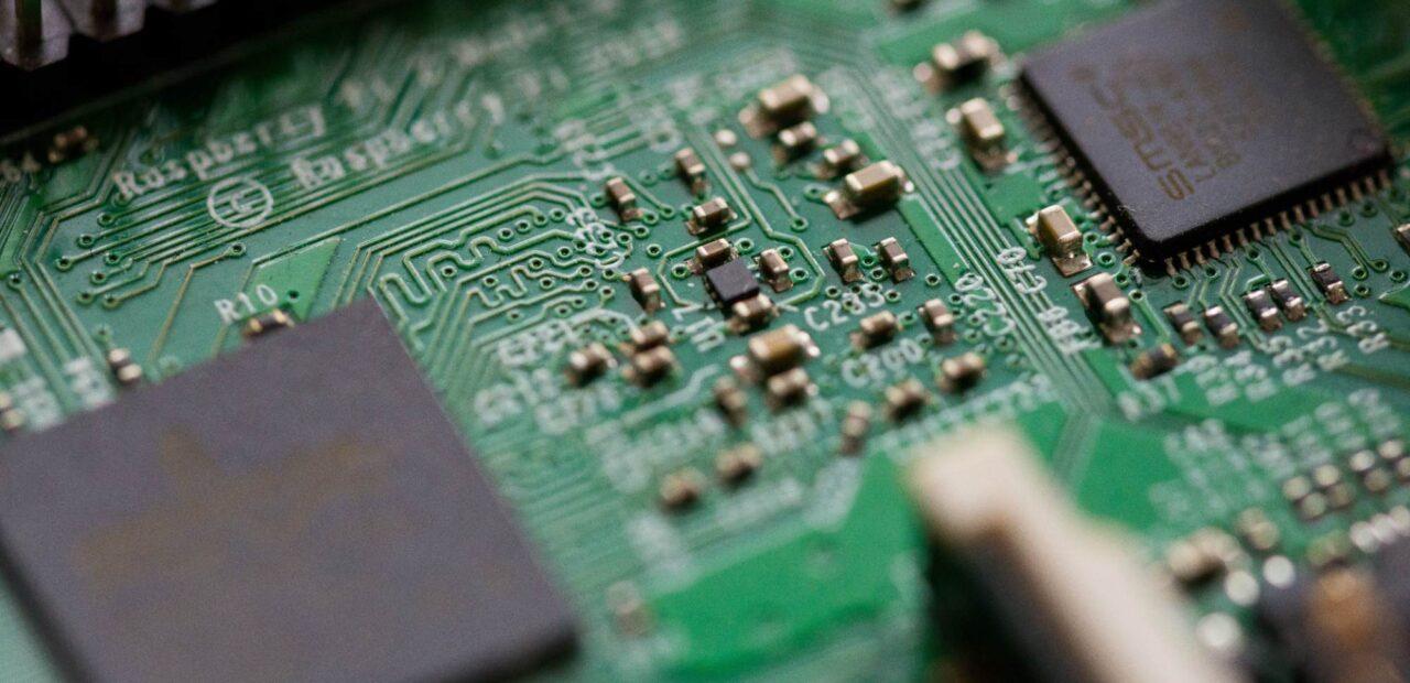 La escasez de semiconductores detiene 2 días la producción de Tiguan | Business Insider Mexico