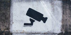 La FGR adquirió desde hace 2 años programas de inteligencia para espiar ilegalmente a internautas mexicanos, revela una investigación