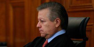 En un movimiento sorpresivo, el Senado aprobó  ampliar 2 años el mandato de Arturo Zaldívar, presidente de la Suprema Corte